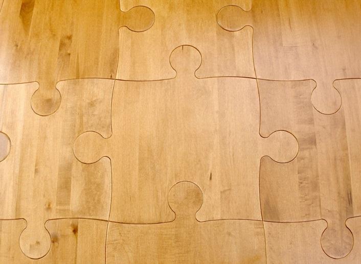 Puzzle tiles flooring